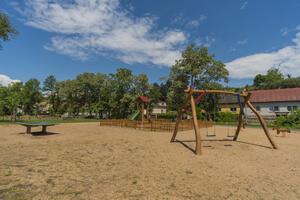 Dětské a travnaté hřiště Přezletice